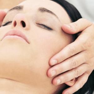 Tratamiento facial intensivo: Cura Calma